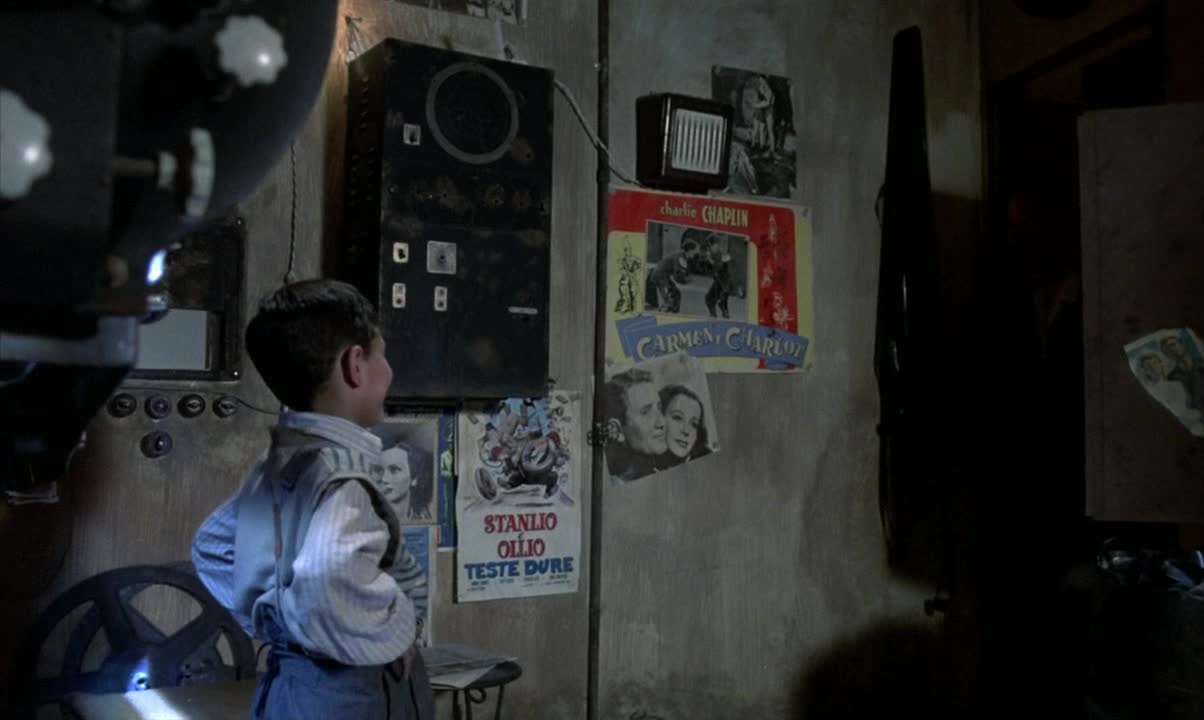 Nuovo Cinema Paradiso film still 16