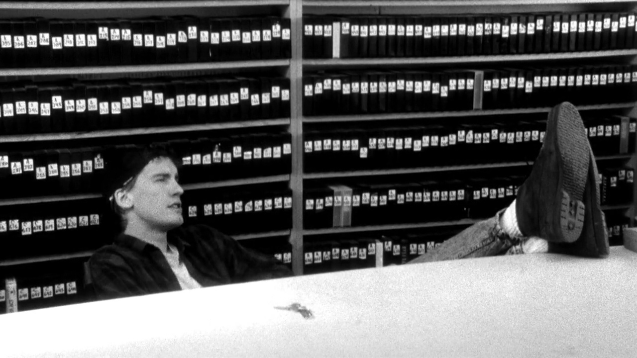 Clerks film still 1
