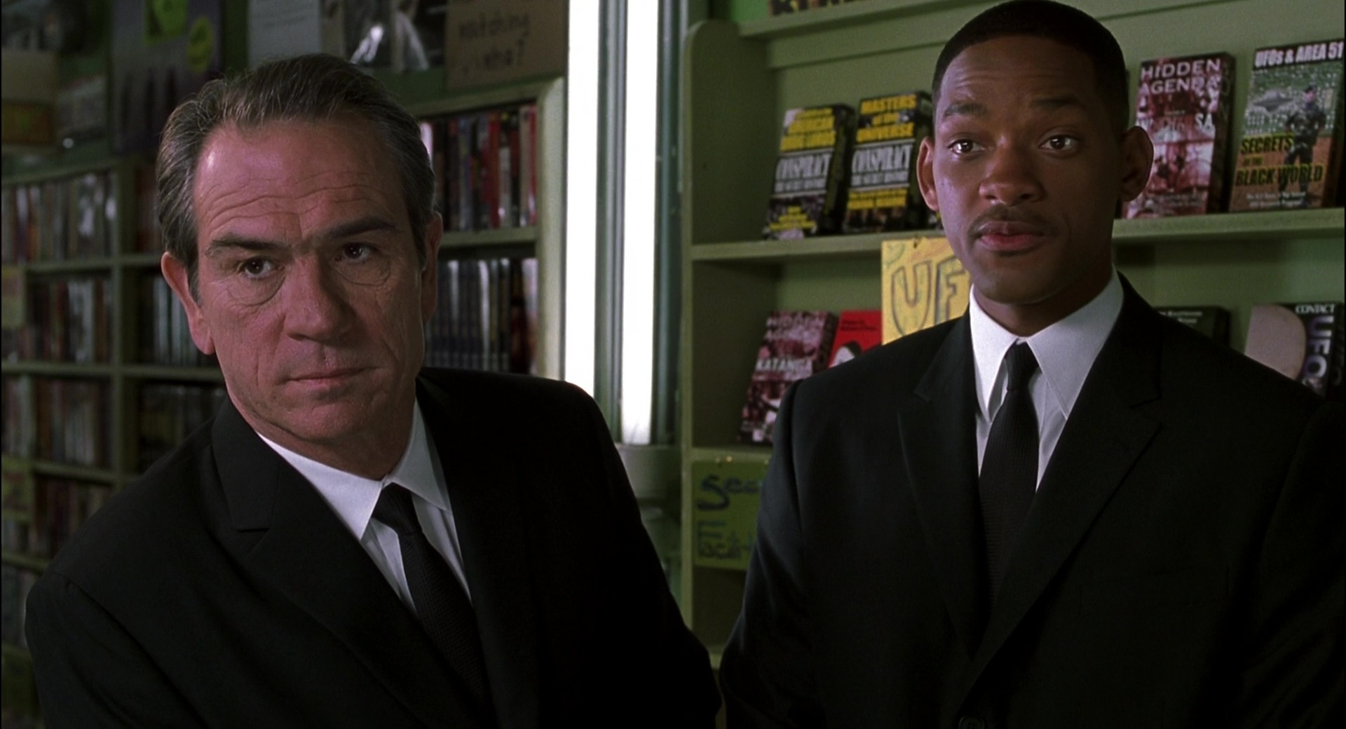 Men in Black II film still 3