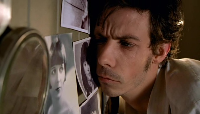 He Died with a Felafel in His Hand film still 2