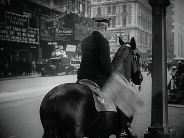 Romance in Manhattan film still 2
