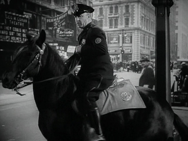 Romance in Manhattan film still 5
