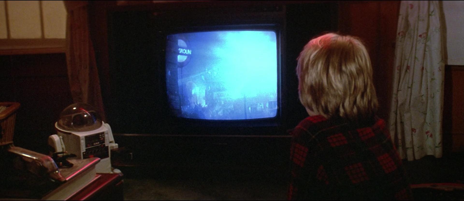 Invaders from Mars film still 6